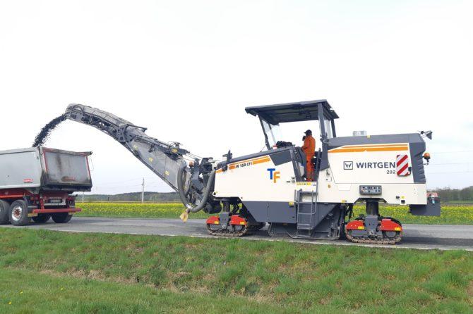 Fräsen auf der S258 – Niederdorf